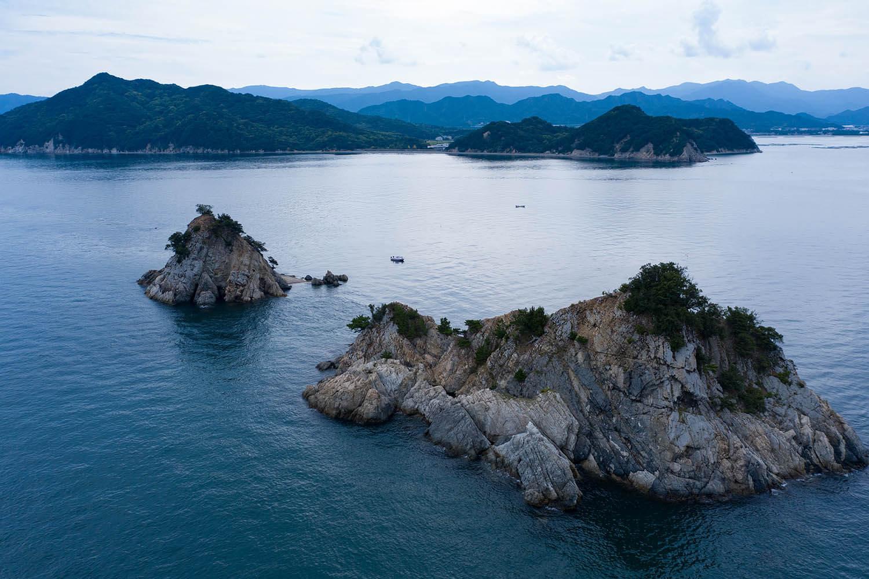 双子島からみる讃岐山脈